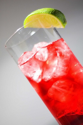 African recipes for hibiscus fruit and mixed drinks and cocktails, including watermelon, starfruit, passionfruit, mango, watermelon and more (www.africanepicure.com)